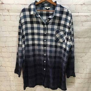 Easel dip-dyed blue buffalo check button down top